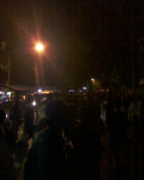Foto Demo SBY Berbudi, Massa Didesak ke Sumur Bandung