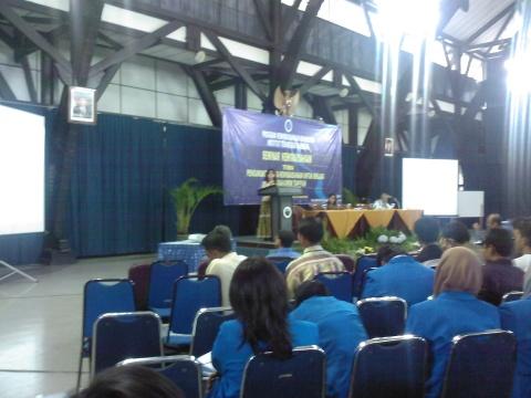 Pemaparan Seminar Wirausaha Oleh Bu Betty Alisyahbana